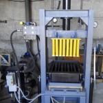 Пресс гидравлический ГП-80 для производства шлакоболока и тротуарной плитки